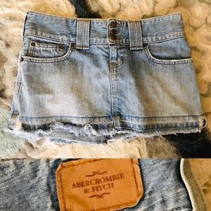 ABERCROMBIE & FITCH Low Rise DENIM MINI SKIRT 2